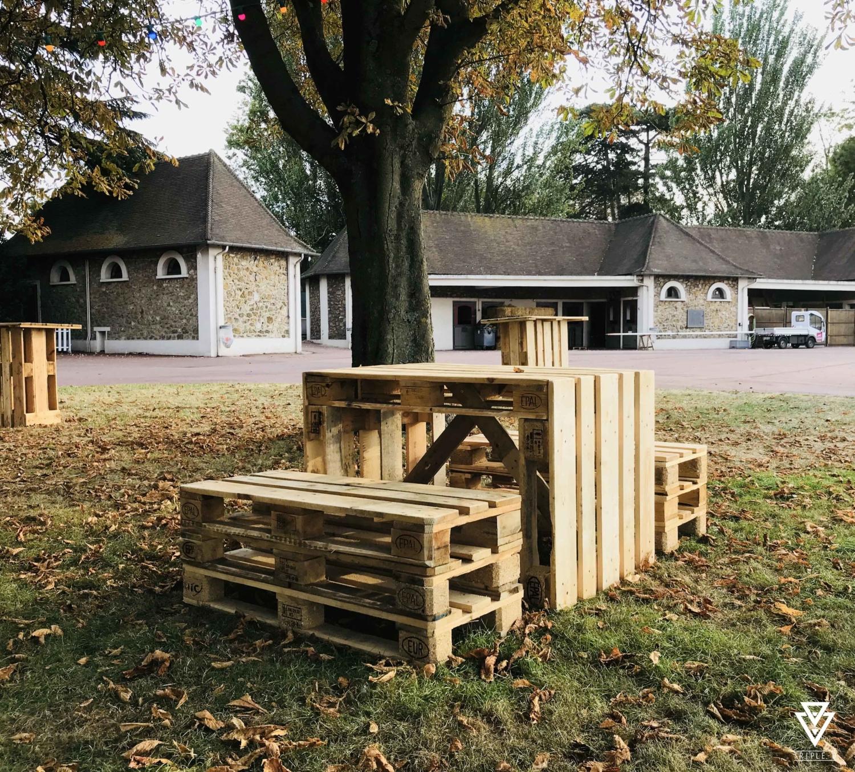 Hippodrome de Vincennes Table