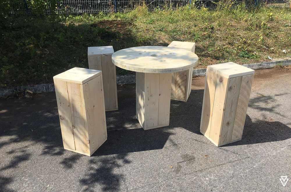 Tabouret Triple-D Square