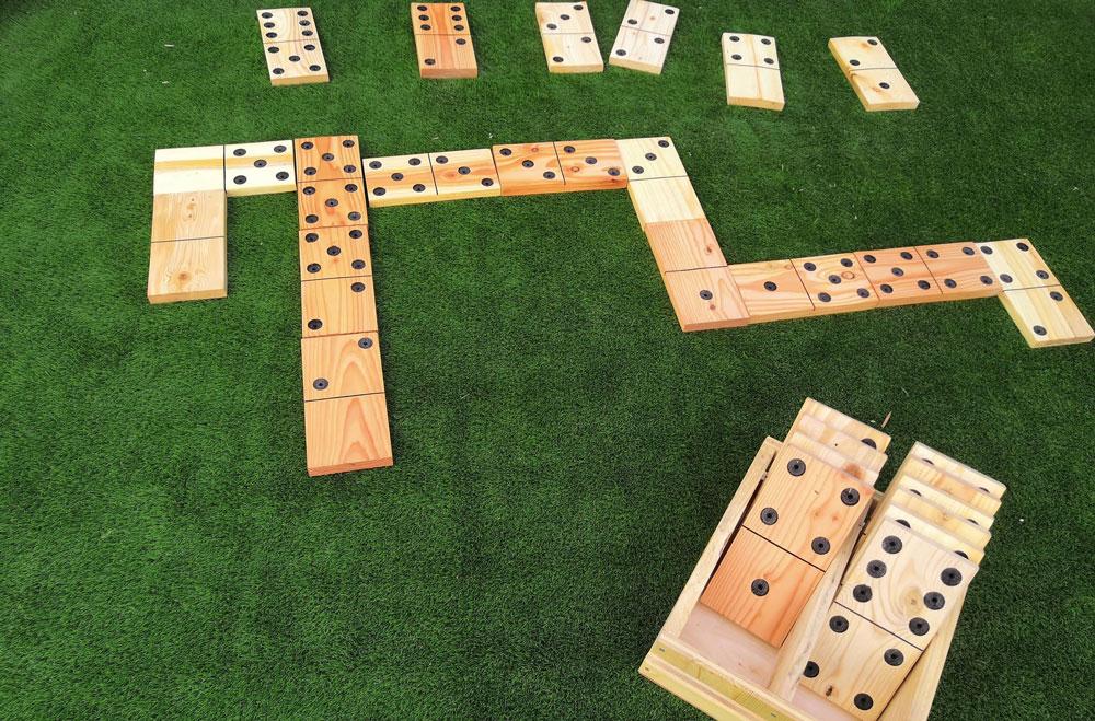 Jeux Triple-D Domino géant